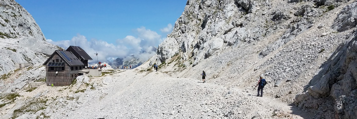 tours_hiking_in_slovenia_2.jpg
